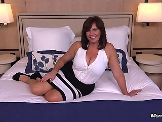 busty thick busty cougar milf cock