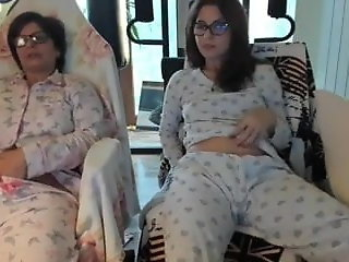 daughter mother daughter webcam