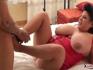 carol beauty carol foxxx takes cock