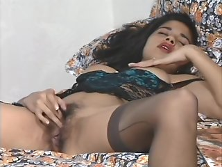 indian sexy indian babe satinder pussy